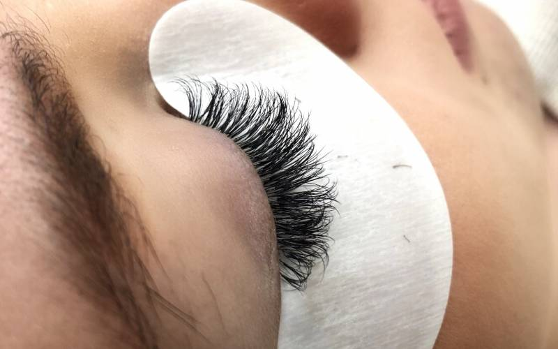 Cherry lashes extensions