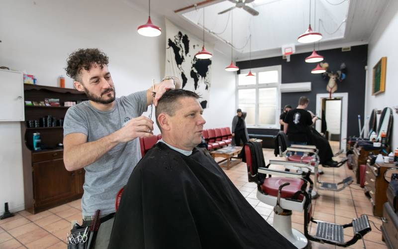 Barber on george barber beauty haircut style 5