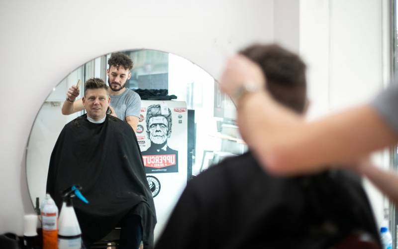 Barber on george barber beauty haircut style 8